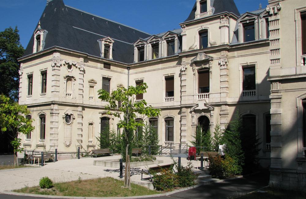 Restaurant Saint Paul En Jarez Le Chateau